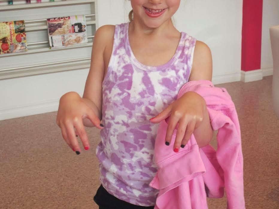 Glama Gal Tween Spa manicure