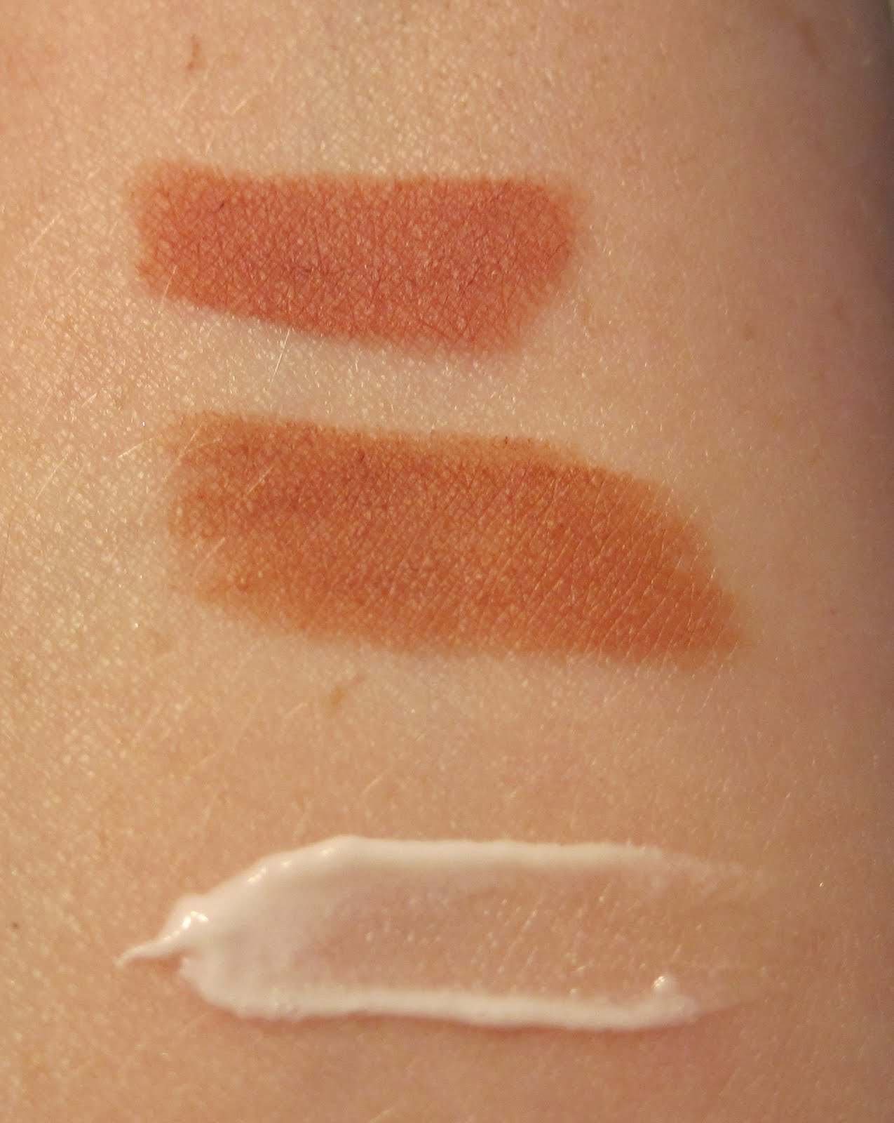 mally nude medium lip liner