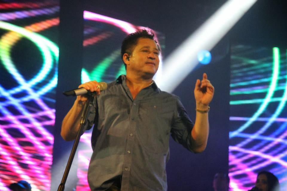 Show Leonardo em Palmeiras de Goiás GO 07 03 2014