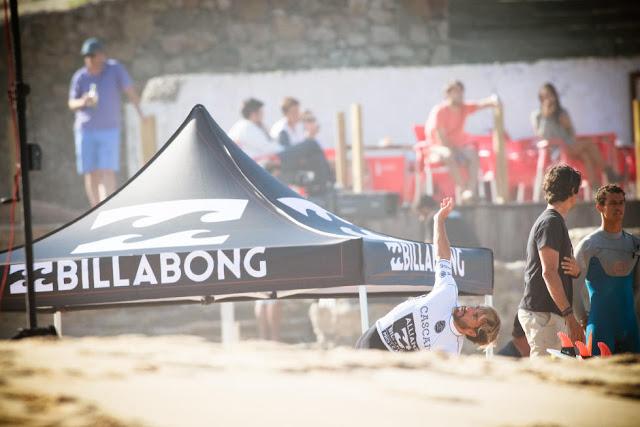 3 Aritz Aranburu ESP 2015 Allianz Billabong Pro Cascais Foto WSL Laurent Masurel