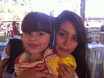 Ana  Lara e Maria Fernanda