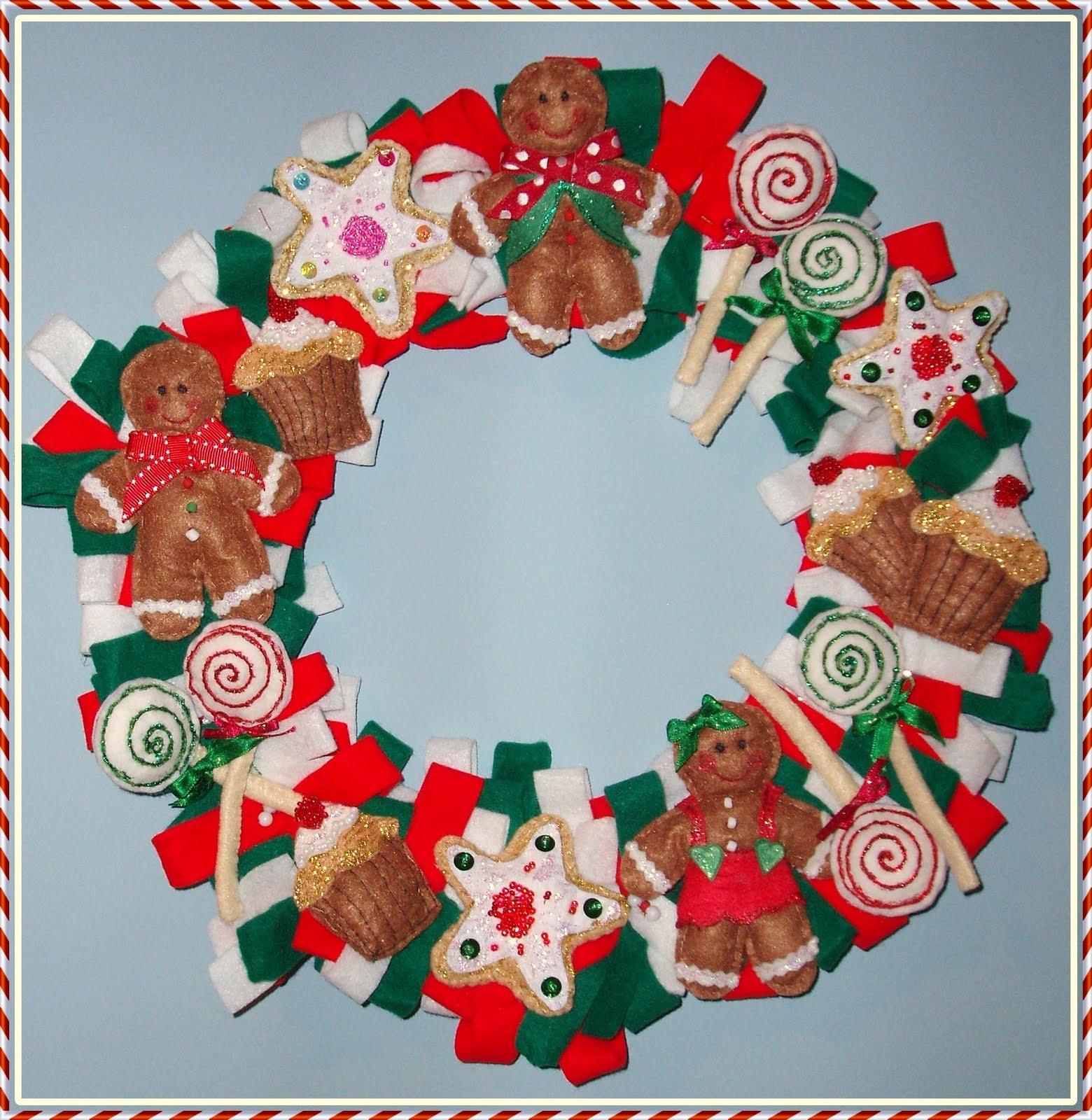 Bobiando un ratito corona de navidad - Coronas navidenas de fieltro ...