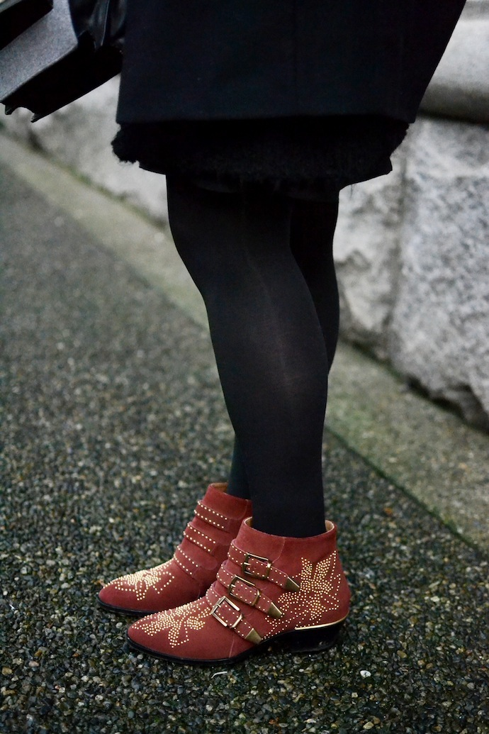 Chloe Susanna boots Vancouver fashion blogger Aritzia Wilfred dress Loeffler Randall Rider bag