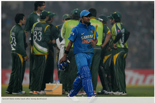 Suresh-Raina-INDIA-v-PAKISTAN-2nd-ODI-2012