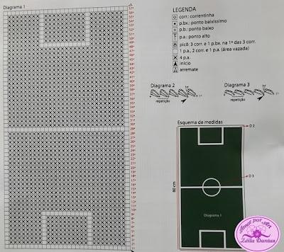 Tapete Infantil de crochê em barbante em formato de campo de futebol com gráfico