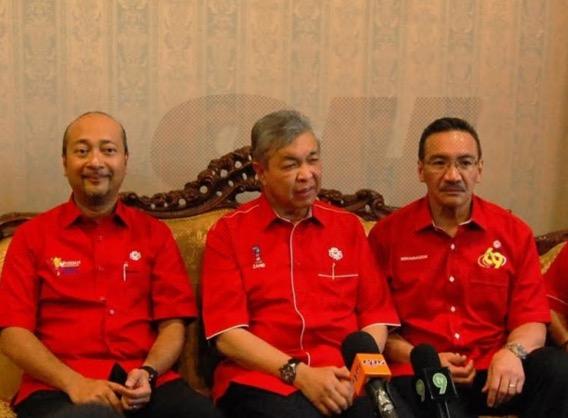 Kenyataan Mukhriz sedia letak jawatan Menteri Besar Kedah jadi persoalan