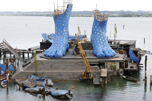 المسرح العائم في النمسا ... تحفة معمارية رائعة