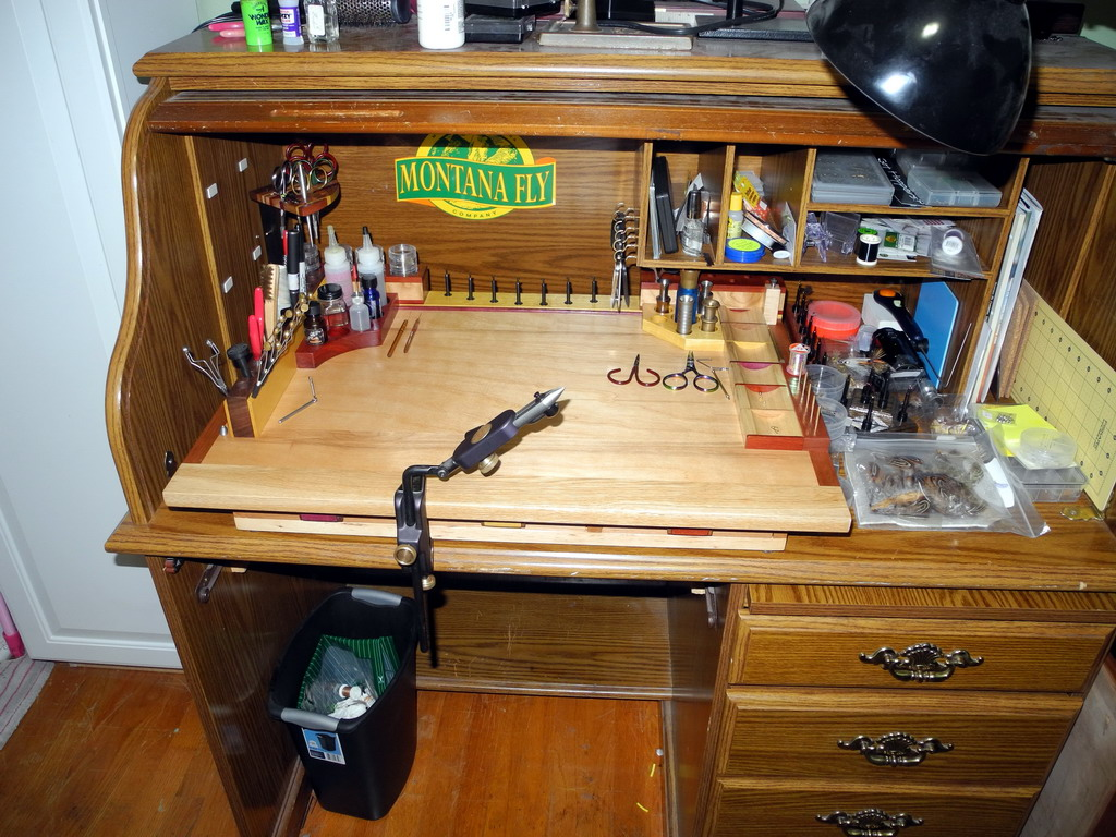 Fly Tying Desks And Benches - Another view at my desk