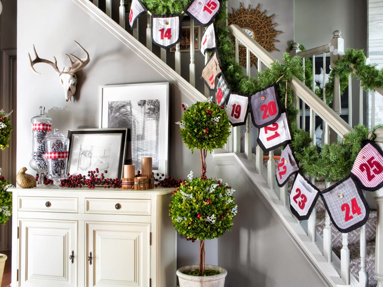 turn an assortment of past their prime mens shirts with pockets into a colorful holiday countdown the kids will love follow these step by step - Decorating House For Christmas On A Budget