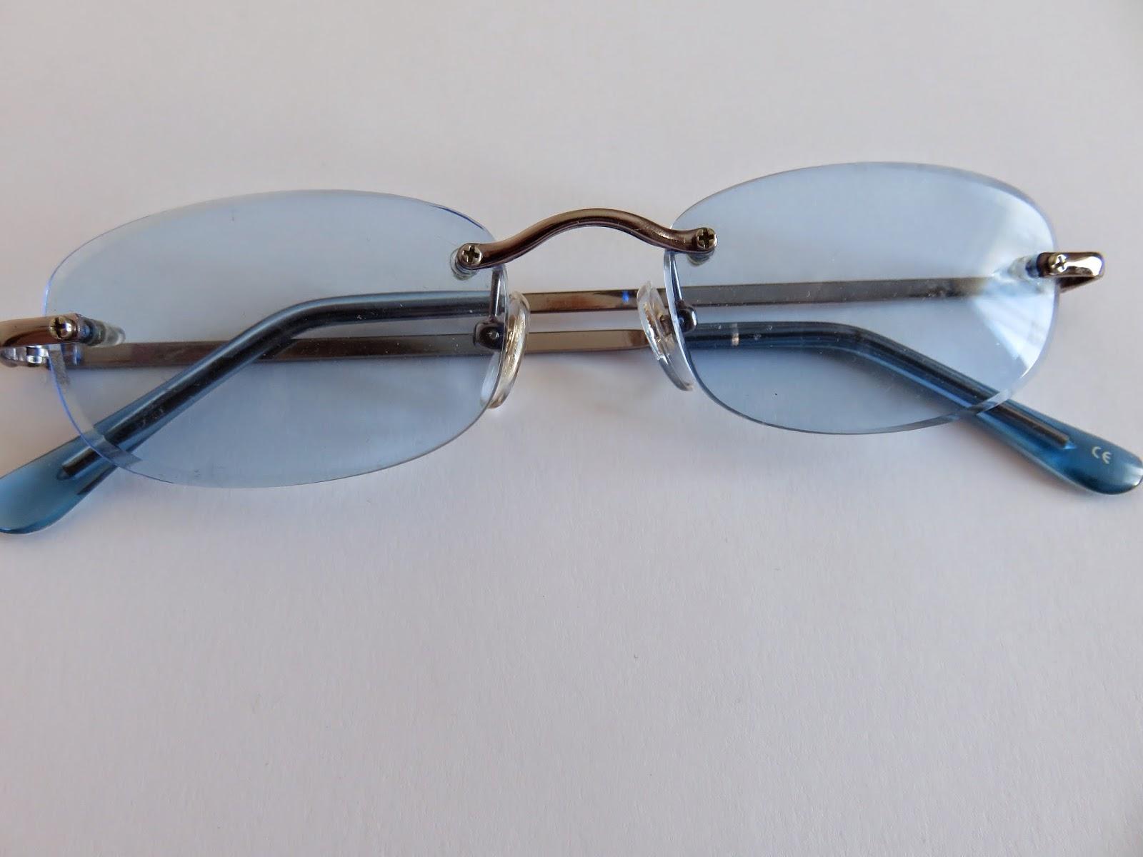 fashion blue sunglasses