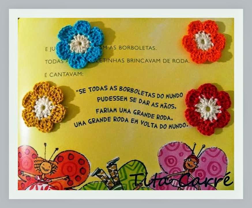 Borboleta e flores em crochet 1