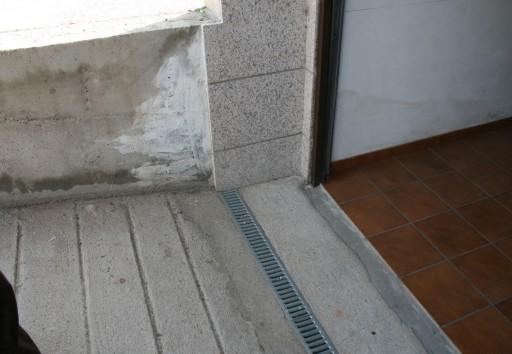 Peritararquitectura drenaje insuficiente - Rampas de garaje ...
