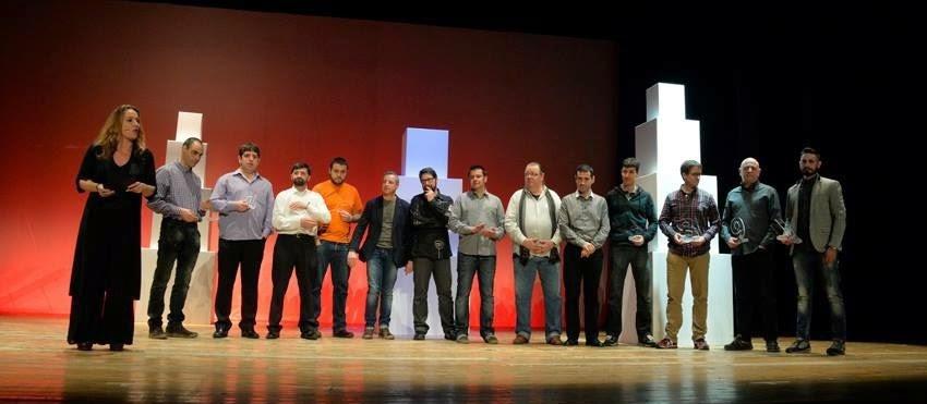 11 colles premiades a la #NitDeCastells amb el Premi Baròmetre 2014