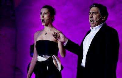 Himno de Valencia presentado por el tenor Josė Luis Luri en las fiesta de la Casa de Andalucía Calpe