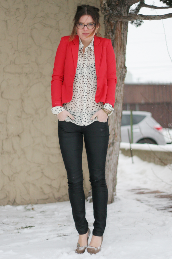 Winter style with red blazer and skinny jeans