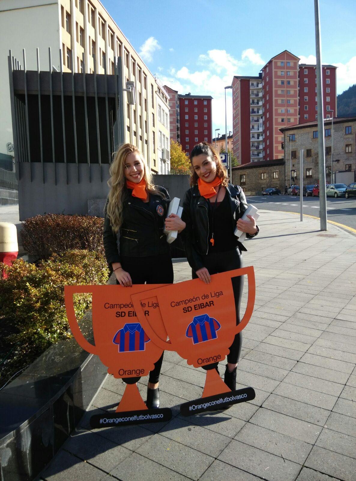 Oficinas centrales orange madrid top ups gua de servicios for Oficinas ono madrid