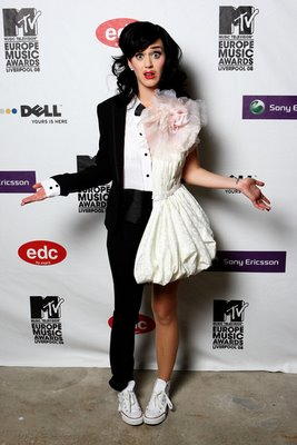 Katy+perry+fashion+looks+4 By+nawijpg