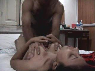 latest Indian sex scandal honeymoon couple sex tape