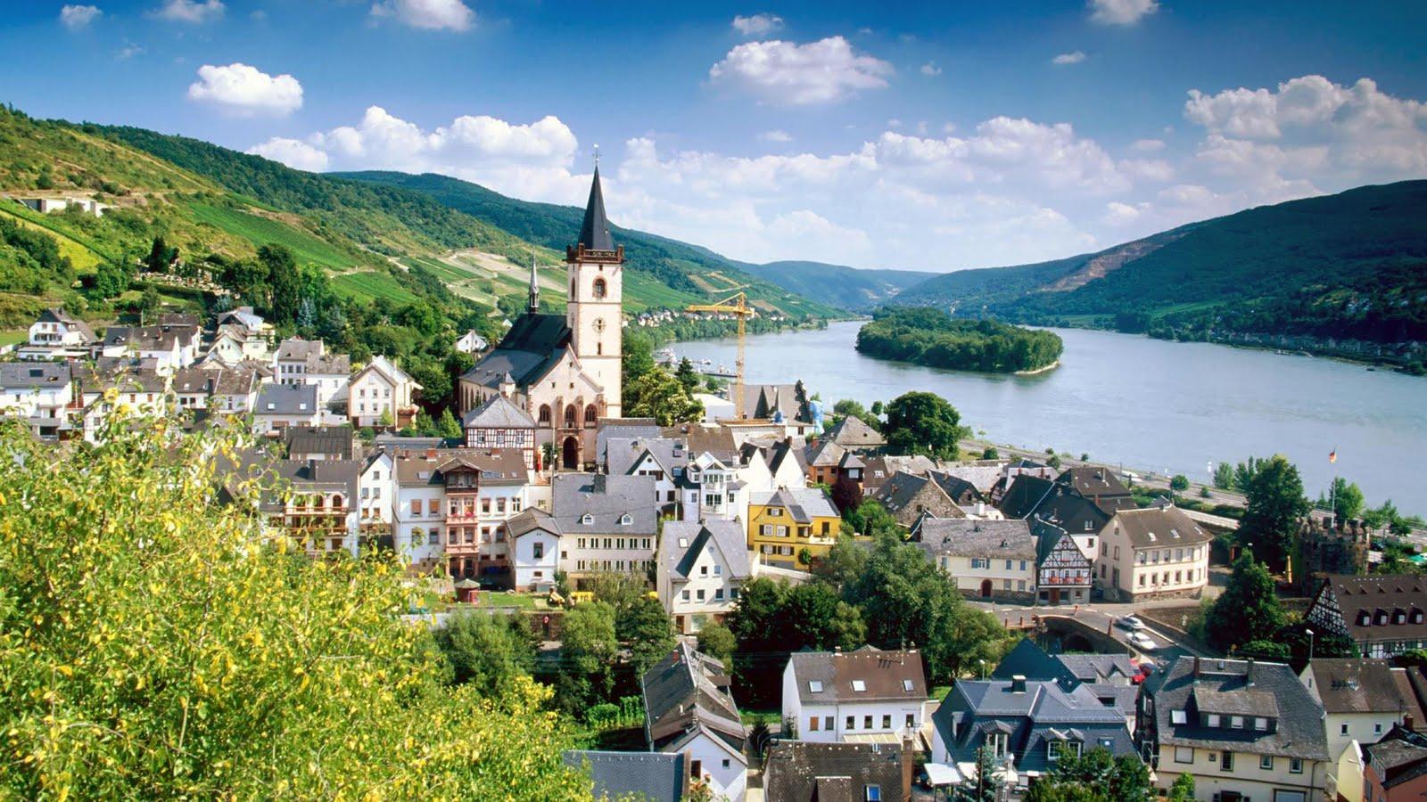 Hermoso paisaje de Alemania junto al río (1920x1080px)