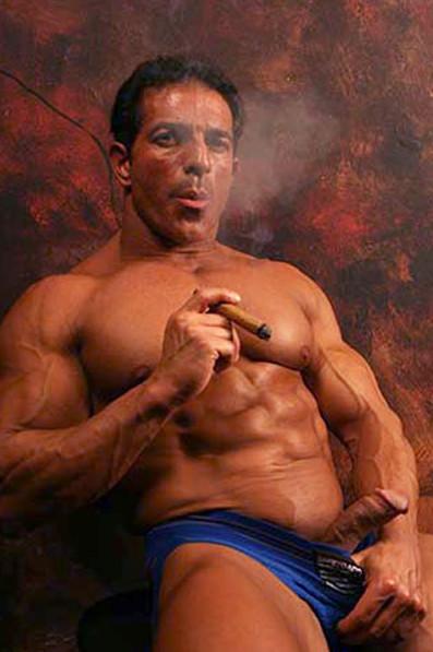 HOTTIE Nude cigar smoking