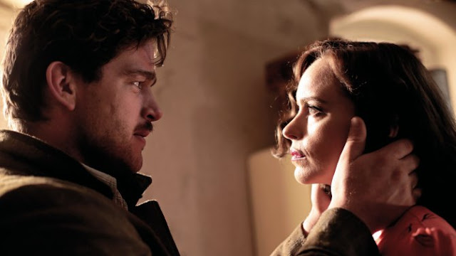 "Ronald Zehrfeld and Nina Hoss dance with deception and death in ""Phoenix"""