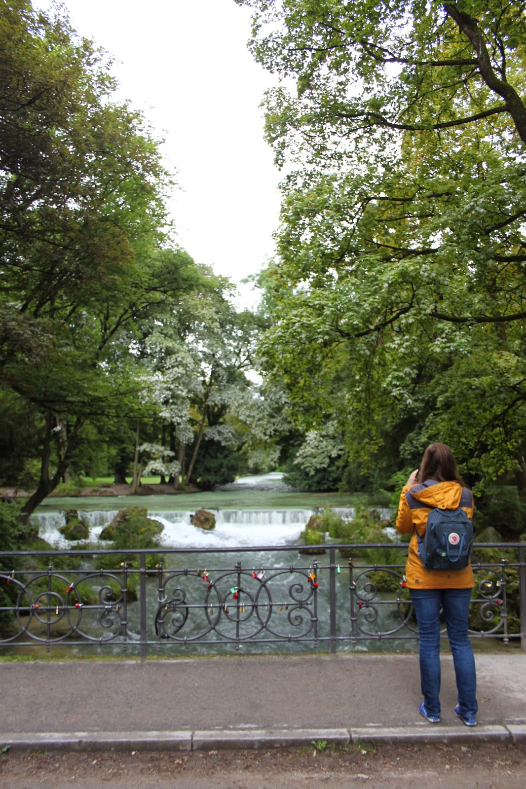 Wasserfall im Englischen Garten, München