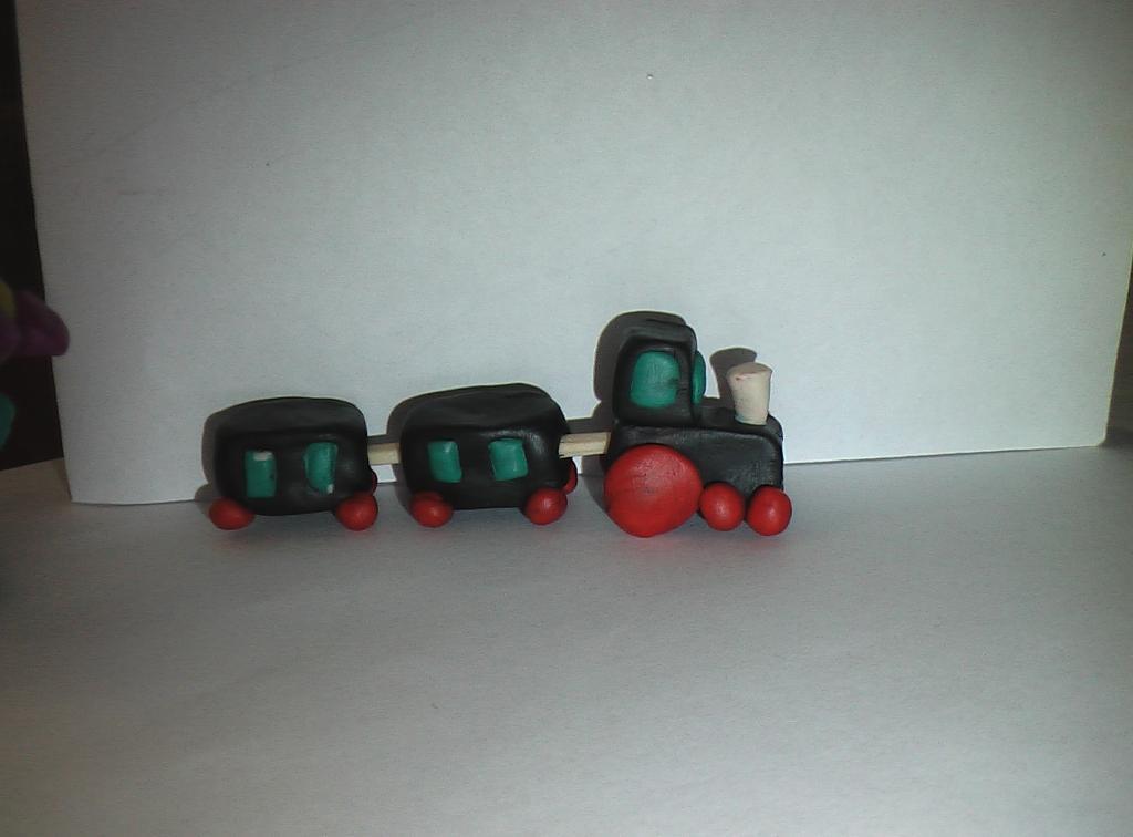 Поделки из пластилина паровозик 5