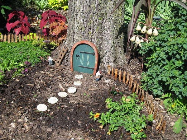 Image Gallery: Large Fairy Gardens