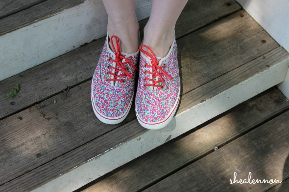 floral sneakers for the weekend   www.shealennon.com