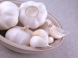 Cara mudah atasi hipertensi dengan bawang putih