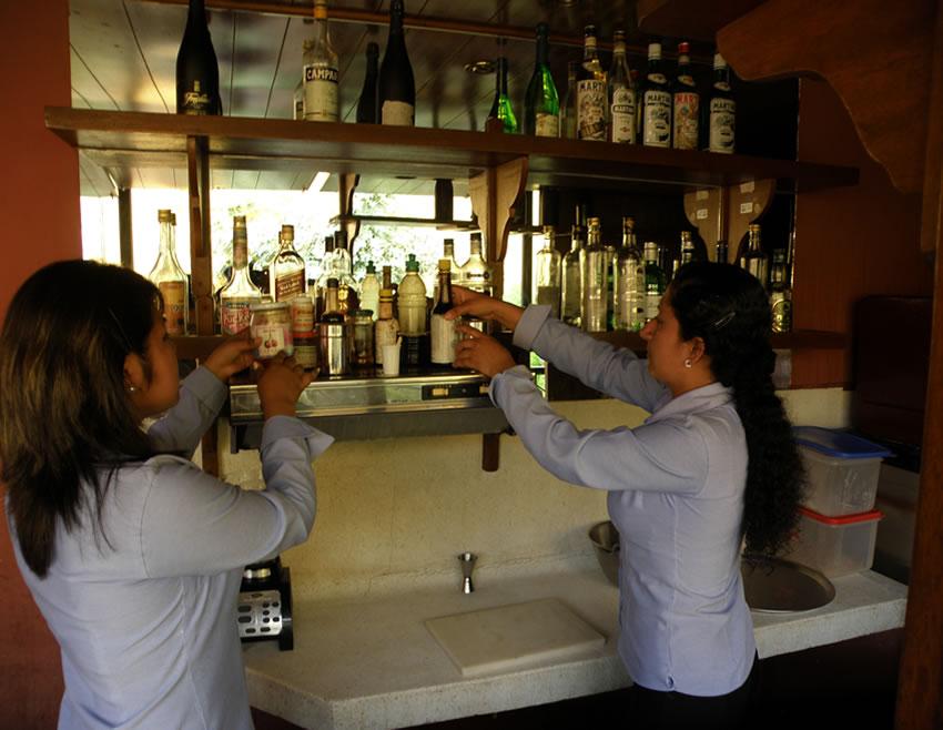 Servicio al cliente un rea de oportunidad en restaurantes for Areas de un restaurante