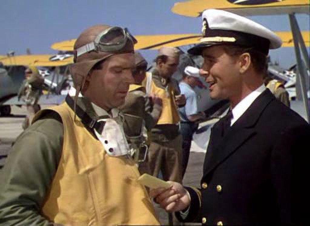 fred+macmurray+errol+flynn+dive+bomber+1941+goggles.jpg