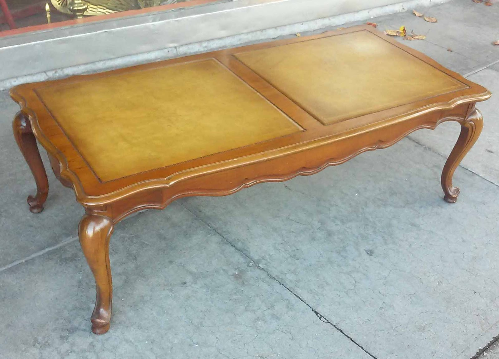 Uhuru Furniture Collectibles Sold French Provincial Coffee Table 60