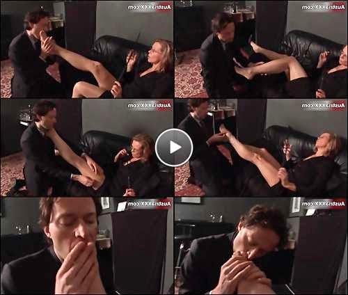 women foot licking video