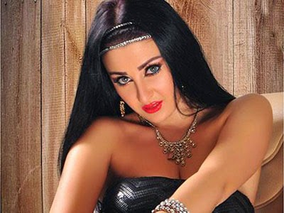 صافينار... لم اتعمد إهانه مصر، برقصي بالعلم المصري