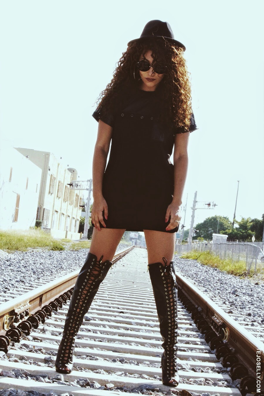 lynnette joselly fashion trend how to wear thigh high boots