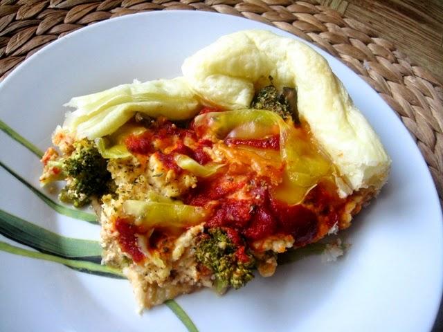 veganza; zapiekanka brokułowa; hummus; przepisy wegańskie; dania wegańskie; kuchnia wegańska; brokuły; wegański ser; violife; weganizm