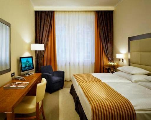 Desain rumah tebaru 10 desain kamar tidur ala hotel for Dekor kamar tidur hotel