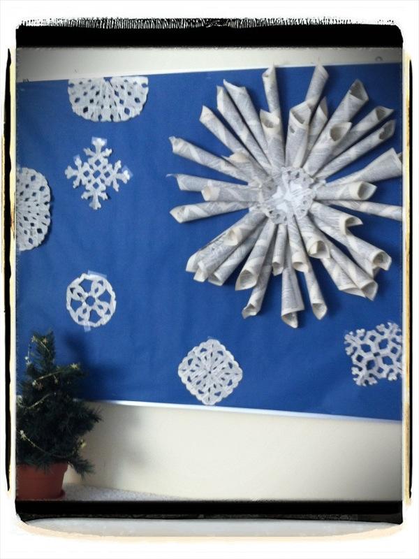 Christmas Front Door Decorating Ideas New 2013 Original_Katrina Giles ..., Christmas  School Decorations | School | Pinterest, Christmas School Hallway ...