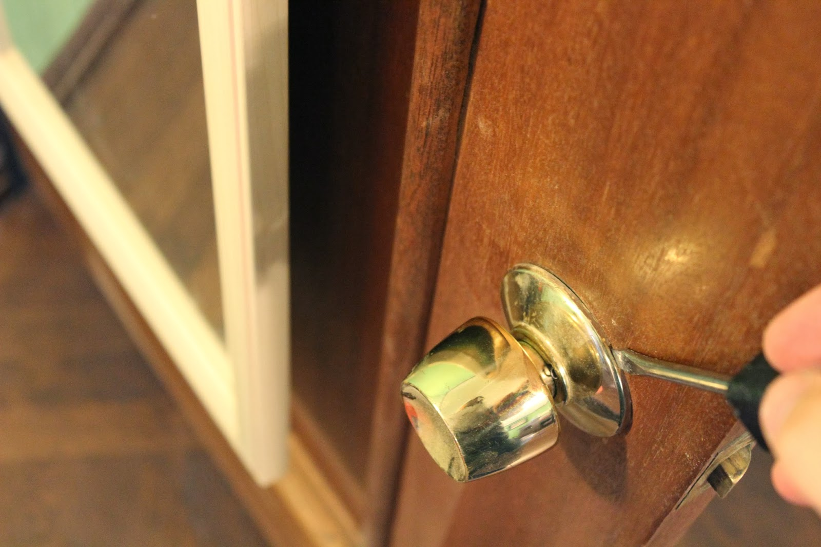 Installing a New Door Knob