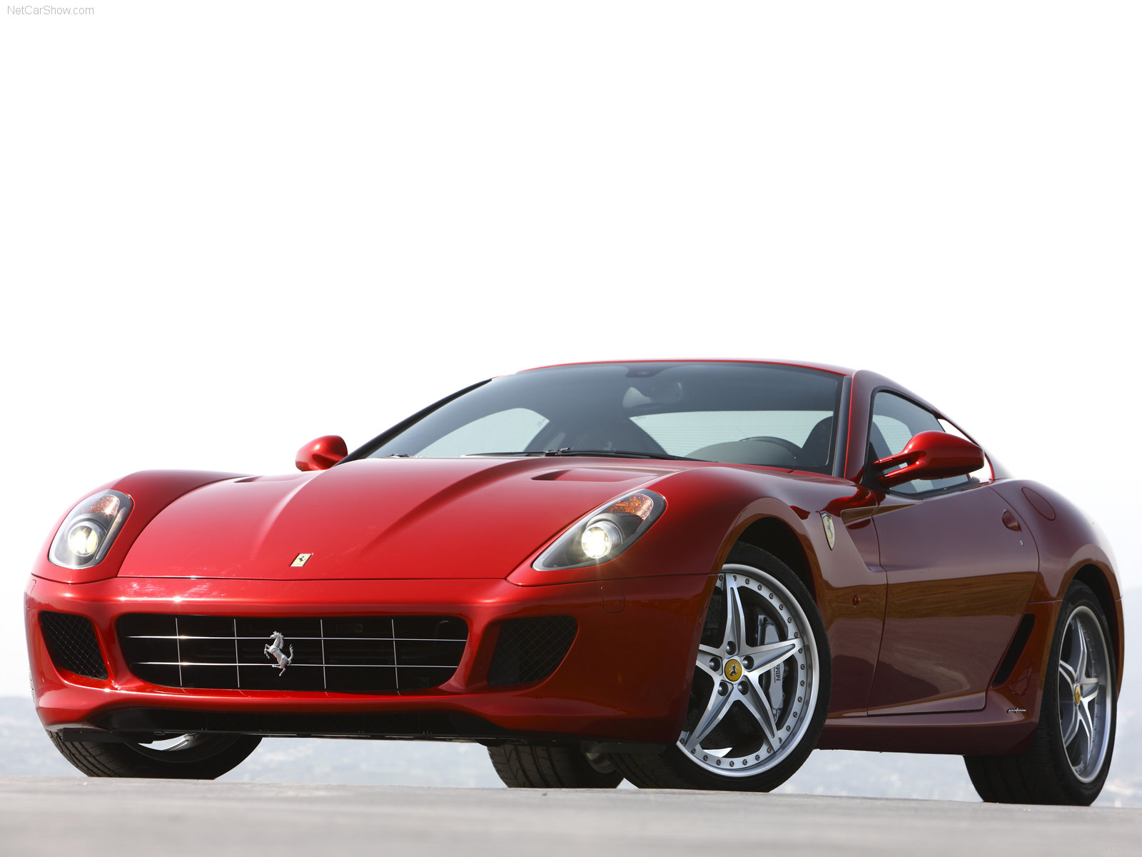 Hình ảnh siêu xe Ferrari 599 GTB Fiorano HGTE 2010 & nội ngoại thất