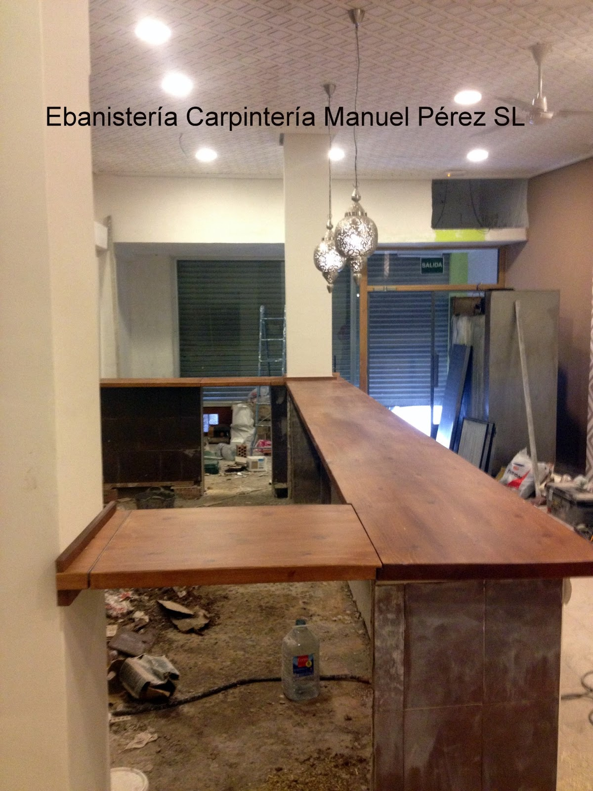 Ebanisteria carpinteria manuel perez zaragoza barra for Bar en madera moderno