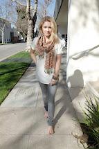 Nicole Richie Walking Public Sidewalkbarefoot Feet Foot