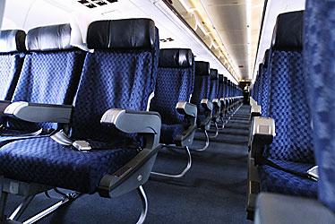 コヨーテの足あと 飛行機、どこの座席を確保すべき