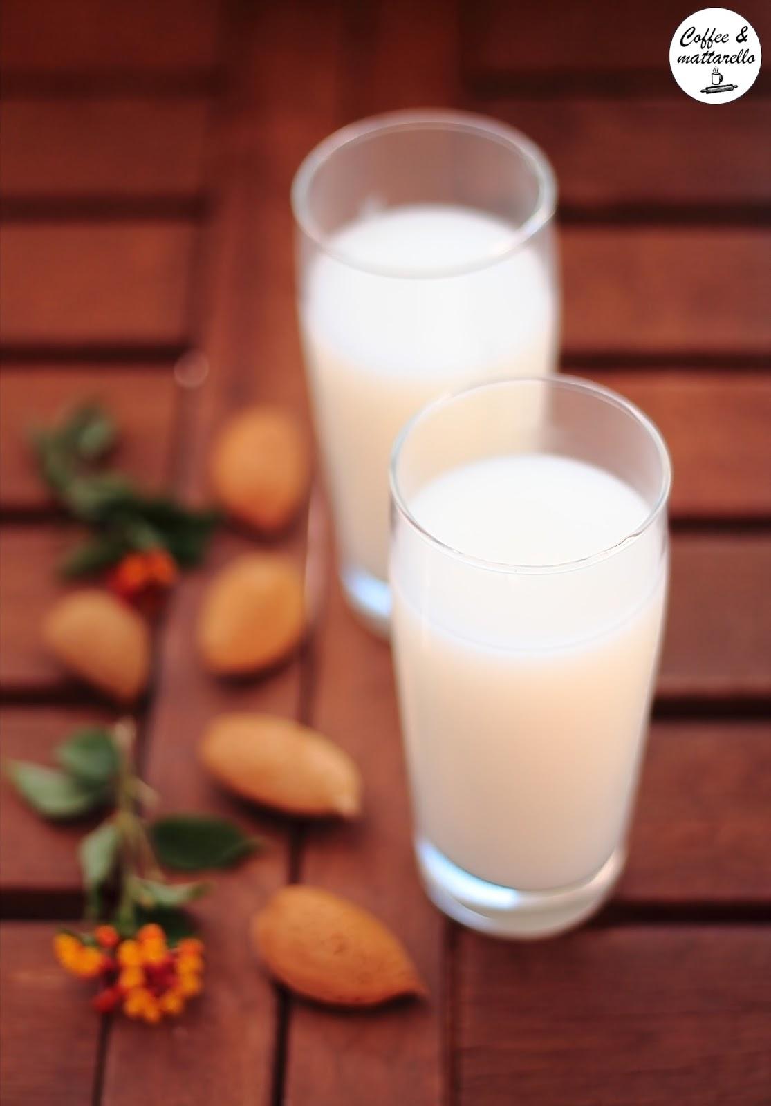 homemade: il latte di mandorla ('a missione)