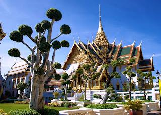 grand-palace-complex-bangkok-thailand