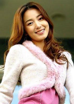 YI SO YEON (이소연) - All about artist Korea   Artist, Lee so yeon, Fashion