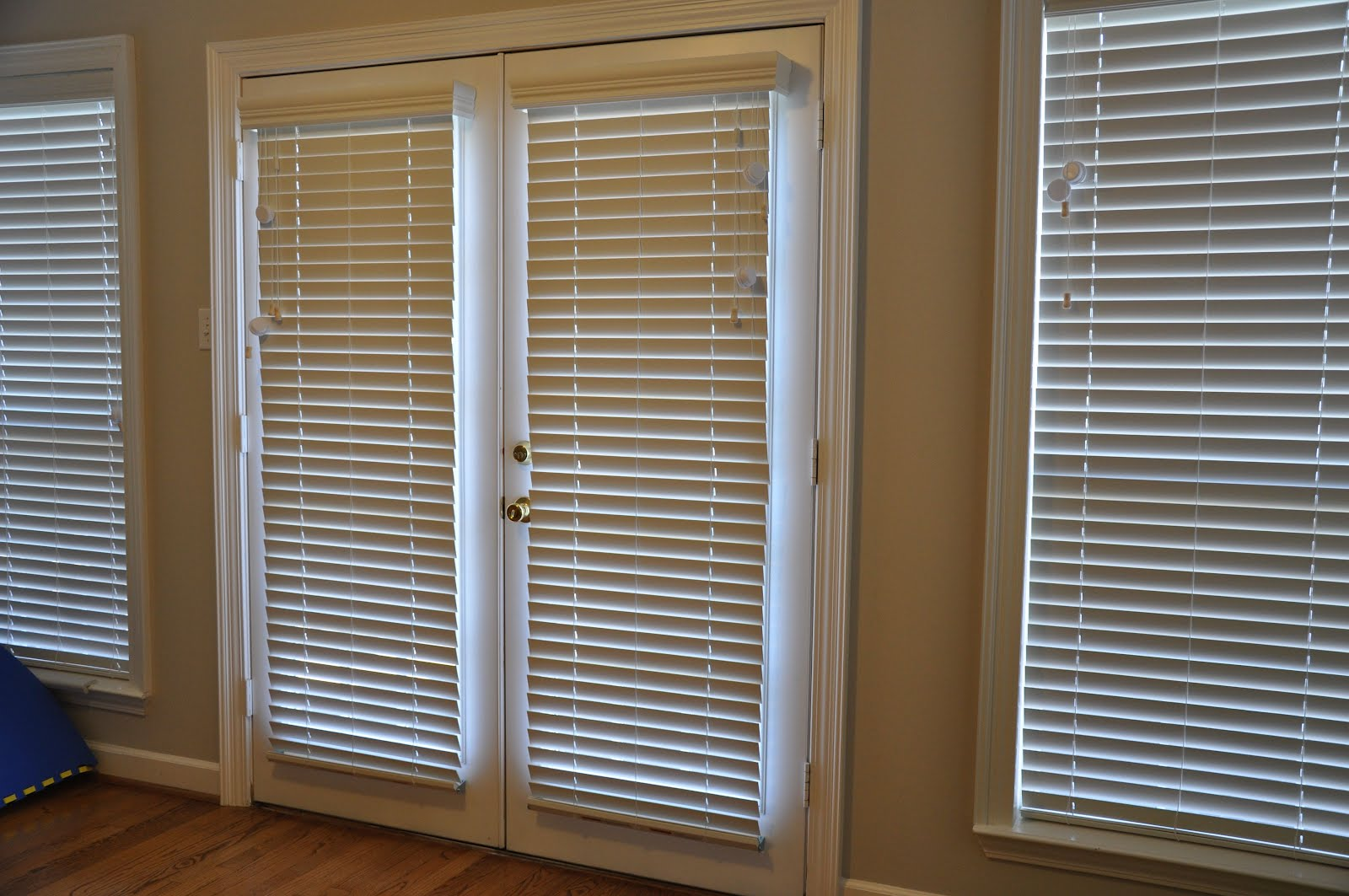 Displaying 16> Images For - French Doors With Blinds...