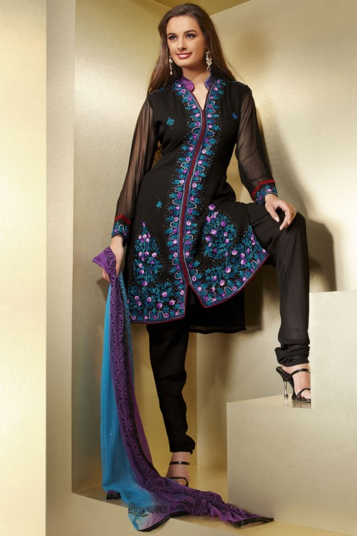 Pin by Manisha Vivek on MV fashion | Indian dresses ...