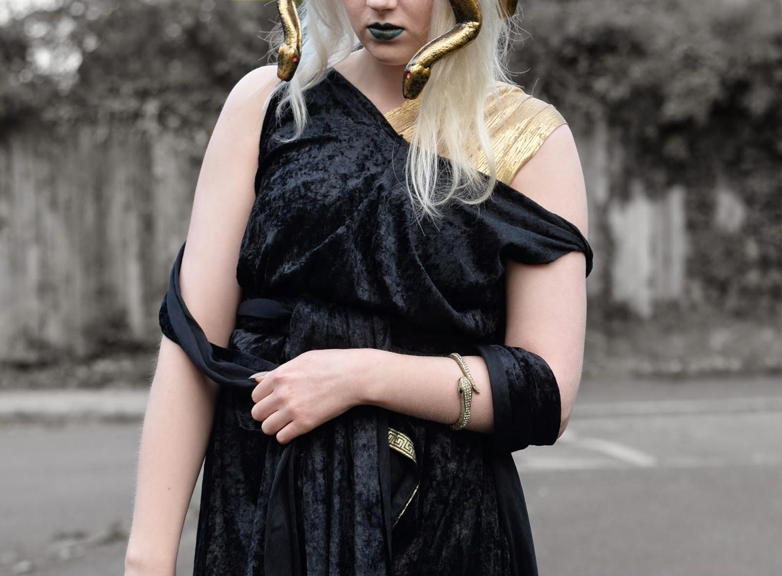 Sammi Jackson - Medusa Hallowe'en Look